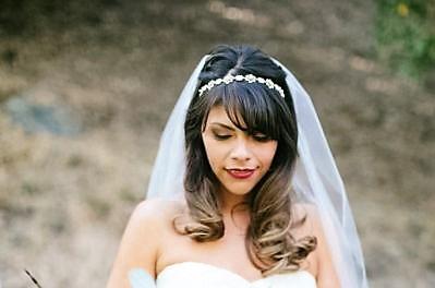 Buquê-de-noiva-com-flores-silvestres-uma-tendência-espectacular-para-2015-Wai-Reyes
